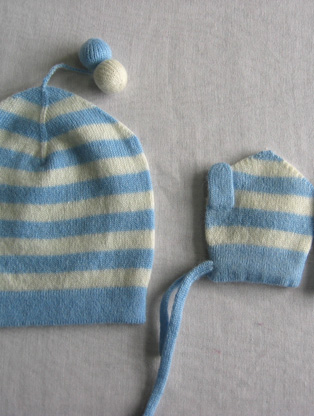 BABY STRIPES HAT & MITTENS